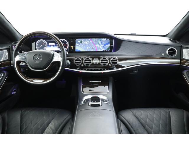 大きなお車ではございますが、360°カメラ、前後パークセンサーも装備しておりますのでご安心下さい。