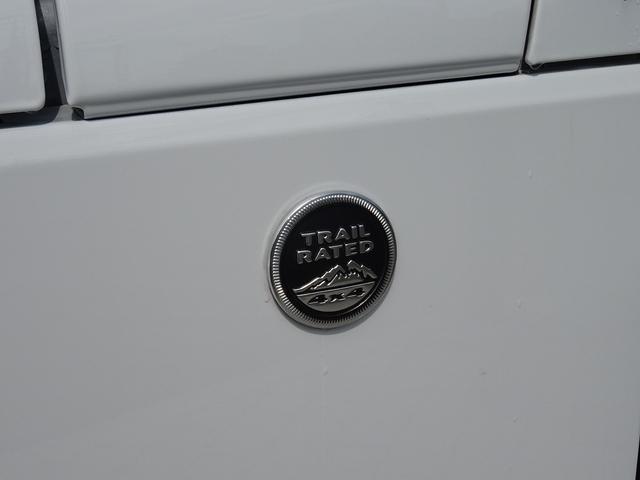 クライスラー・ジープ クライスラージープ ラングラーアンリミテッド サハラ 本革シート 4WD メモリーナビ付き