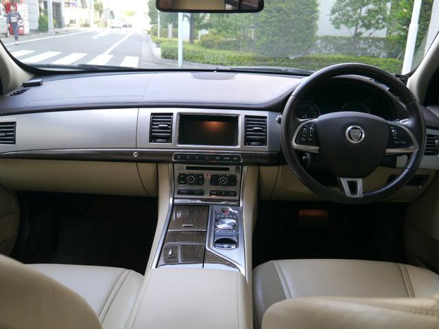 「ジャガー」「ジャガー XF」「セダン」「東京都」の中古車15