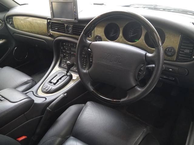 最終モデルXJR 4.0スーパーチャージドV8ワンオーナー車(13枚目)