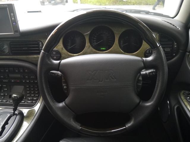 最終モデルXJR 4.0スーパーチャージドV8ワンオーナー車(16枚目)