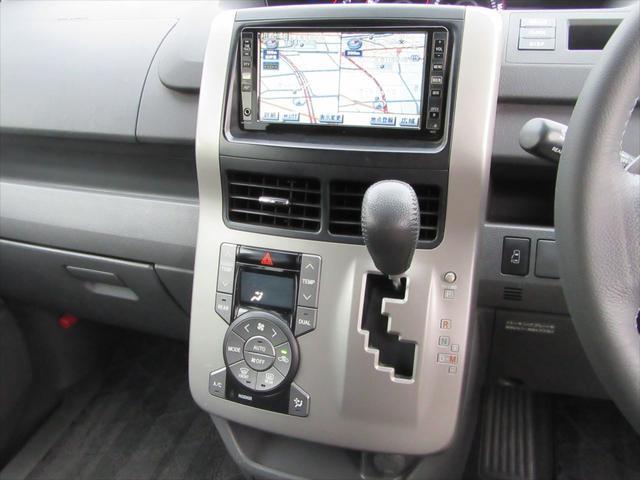 トヨタ ノア Si HDD地デジBカメラ電動ドア後席モニタPスターター