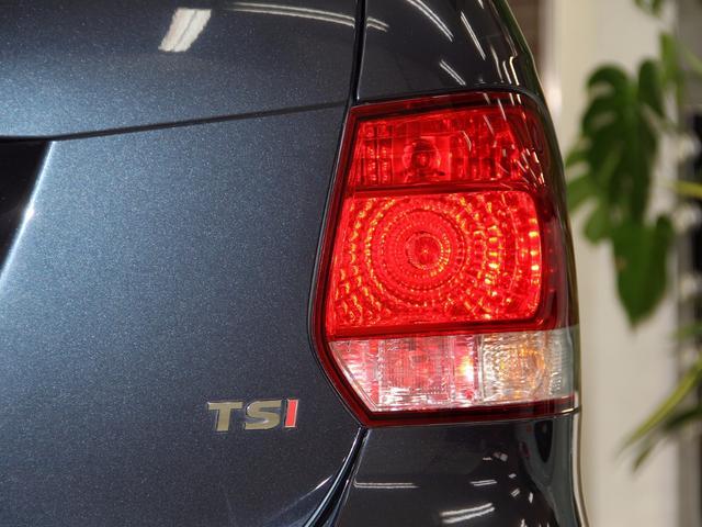 フォルクスワーゲン VW ゴルフヴァリアント TSI トレンドライン DTVナビDVDビデオ USB 禁煙
