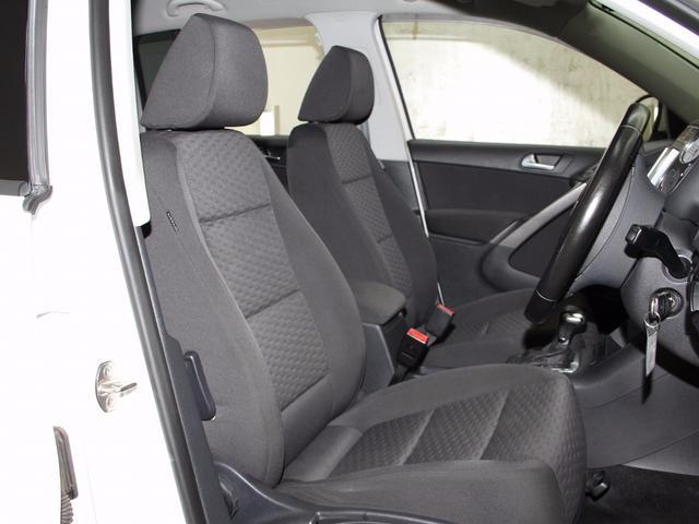 フォルクスワーゲン VW ティグアン トラック&フィールド LED HDナビ DTV DVD 禁煙