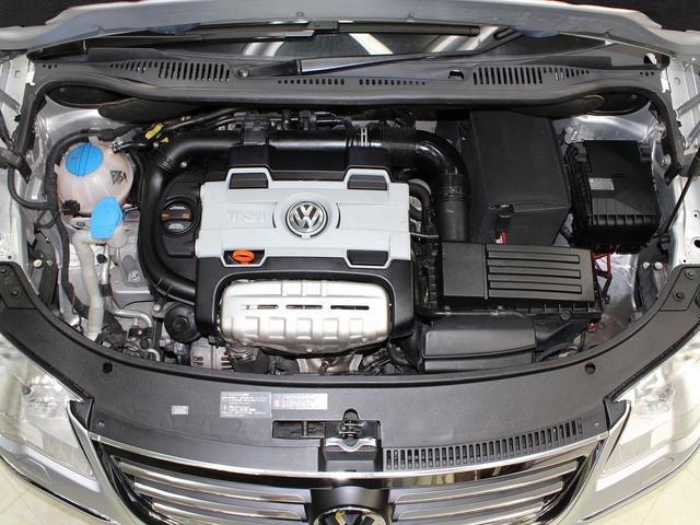 フォルクスワーゲン VW ゴルフトゥーラン TSI ハイライン 禁煙 1オーナー記録簿