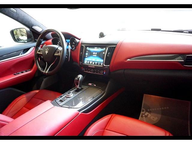 S カーボンインテリア 赤革 パワークラフトセンターマフラー(6枚目)
