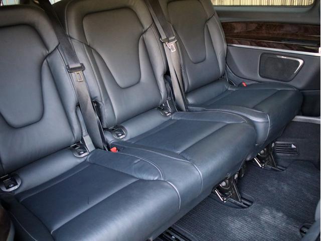 ご覧のように、サードシートも使用感なくとっても綺麗な状態です!
