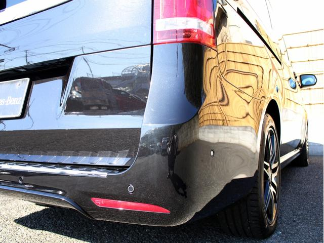 V220d スポーツ ロング レーダーセーフティ 360°カメラ 禁煙 HDDナビ 地デジ シートヒーター パノラミックスライディングルーフ 両側パワースライドドア パワーバックドア AMG19インチアルミホイール(13枚目)