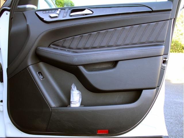 GLE350d 4マチックスポーツ 右H 黒革 1オーナー 禁煙 キーレスゴー HDDナビ 地デジ 360°カメラ Bluetoothオーディオ レーダーセーフティ シートヒーター LEDヘッドライト AMG20インチ パワーバックドア(50枚目)