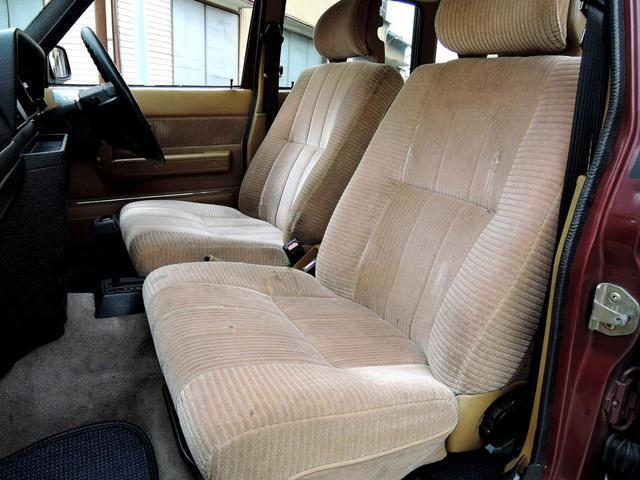 ボルボ ボルボ 240クラシックワゴン 後期型限定 ベージュウッドインテリア