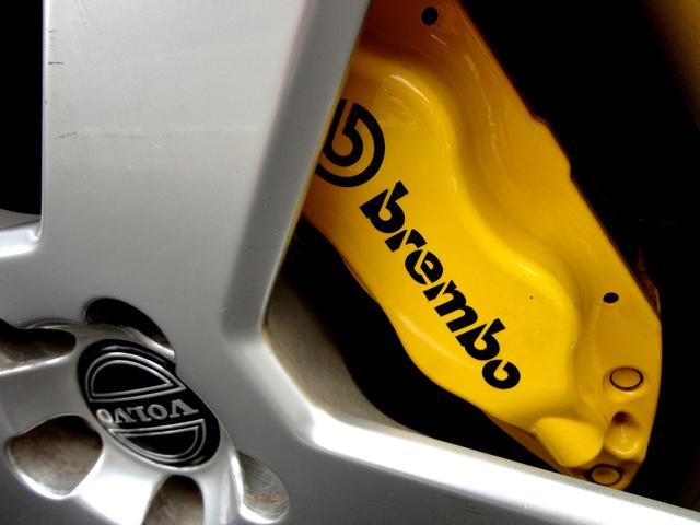 R AWD 世界限定 300馬力 ブレンボイエローキャリパー(5枚目)