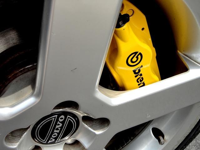 R AWD 世界限定 300馬力 ブレンボイエローキャリパー(12枚目)