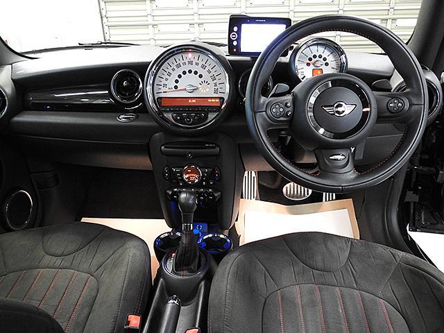 クーパーS 1年保証 JCWステアリング JCWエアロダイナミックPKG ワンオーナー 認定中古車(4枚目)