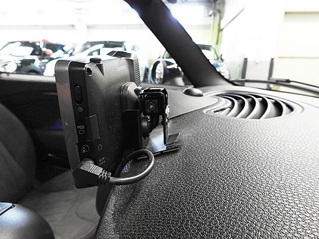 クーパーS 1年保証 JCWステアリング JCWエアロダイナミックPKG ワンオーナー 認定中古車(18枚目)