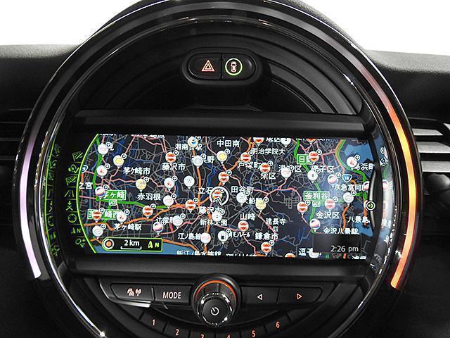 クーパーD 2年保証 ACC HDDナビ バックカメラ&PDC ETC オートライト オートワイパー 白ボンネットストライプ ユニオンジャックミラーカバー LED 15AW ワンおーあー 禁煙車 認定中古車(11枚目)