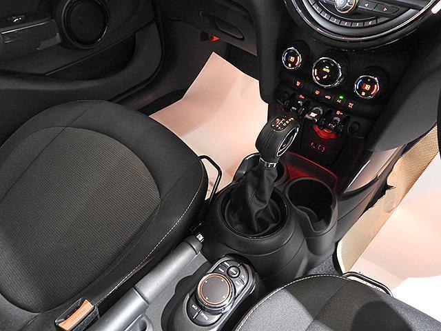 クーパーD 2年保証 ACC HDDナビ バックカメラ&PDC ETC オートライト オートワイパー 白ボンネットストライプ ユニオンジャックミラーカバー LED 15AW ワンおーあー 禁煙車 認定中古車(15枚目)