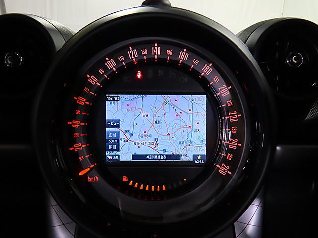 クーパーD クロスオーバー パークレーン 認定中古車 ナビゲーション バックカメラ 限定車 ALL4エクステリア 専用色 アールグレー メタリック バイキセノン レインセンサー自動ドライビングライト付 スポーツレザーステアリング(13枚目)