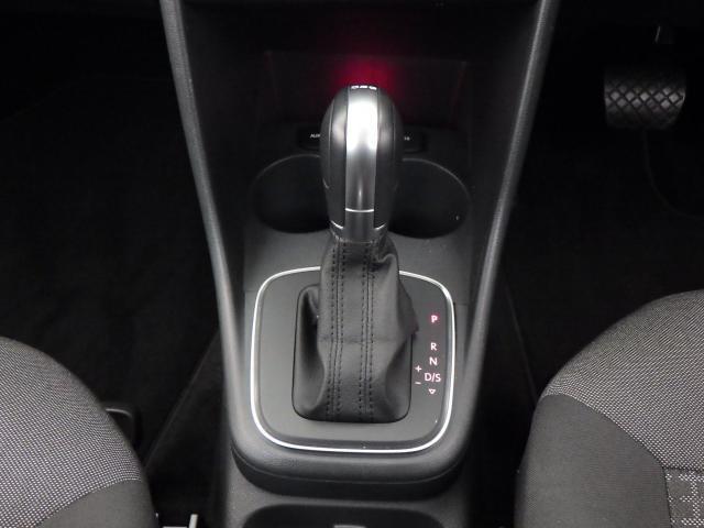 フォルクスワーゲン VW ポロ TSIコンフォートライン SDナビ ETC 禁煙 DWA認定