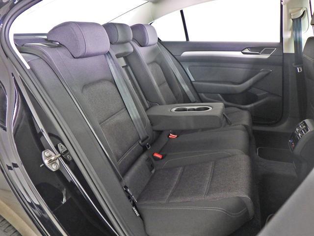 フォルクスワーゲン VW パサート コンフォートライン 禁煙 ワンオーナー LED 認定中古車