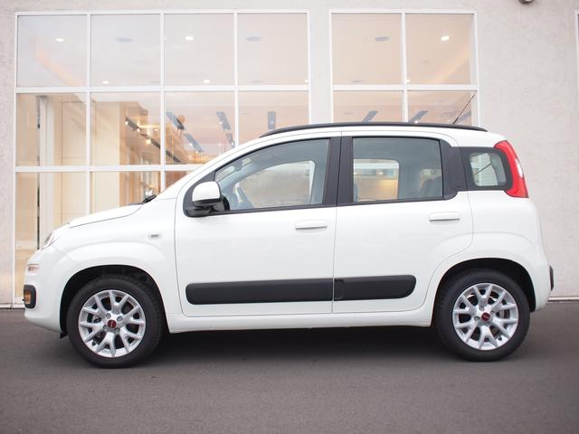 フィアット フィアット パンダ イージー 5ドア ツインエア 2気筒 現行モデル 新車保証