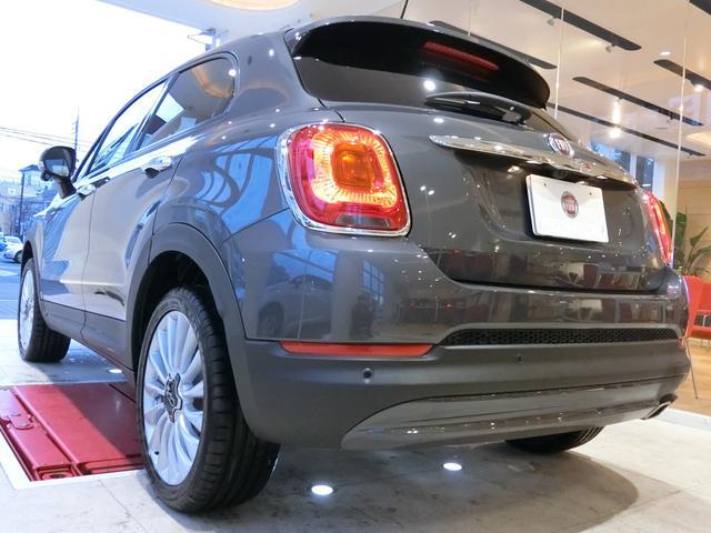 フィアット フィアット 500X ポップスター プラス 登録済み未使用車 新車保証