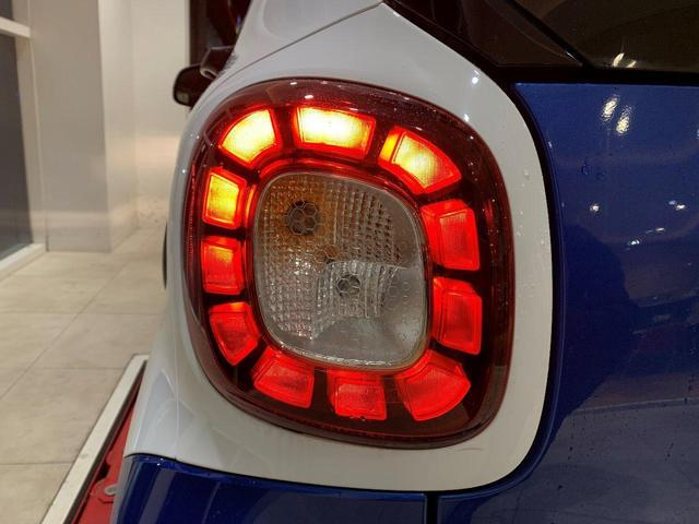エディション1 社外ナビ 地デジ バックカメラ ワンオーナ ETC オートライト オートワイパー フロントフォグランプ(24枚目)