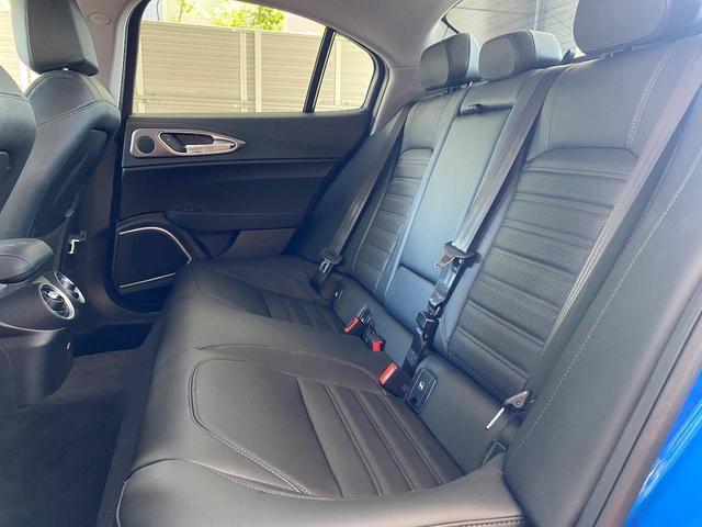 ヴェローチェ 当店デモカー 追従機能 衝突軽減ブレーキ 本革 シートヒーター 電動シート 純正ナビ 地デジ carplay Bluetooth(17枚目)
