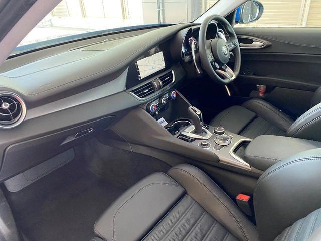 ヴェローチェ 当店デモカー 追従機能 衝突軽減ブレーキ 本革 シートヒーター 電動シート 純正ナビ 地デジ carplay Bluetooth(20枚目)