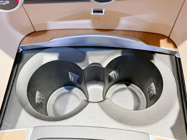 スーパー 当店ユーザー下取り車 衝突軽減システム 追従機能 Applecarplay Bカメラ ETC 本革シート シートヒーター電動シート(26枚目)