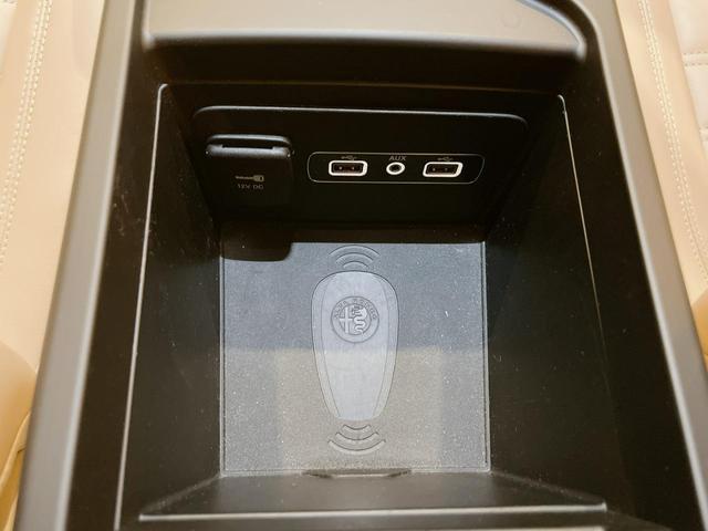 スーパー 当店ユーザー下取り車 衝突軽減システム 追従機能 Applecarplay Bカメラ ETC 本革シート シートヒーター電動シート(29枚目)