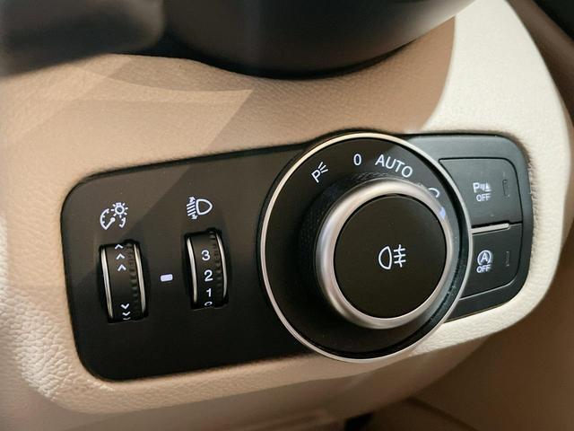 スーパー 当店ユーザー下取り車 衝突軽減システム 追従機能 Applecarplay Bカメラ ETC 本革シート シートヒーター電動シート(31枚目)