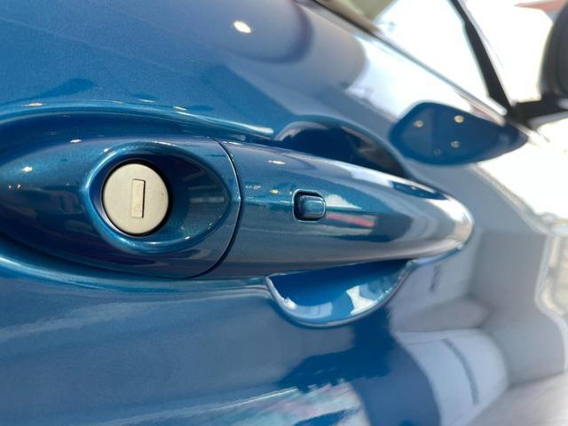 キセノンヘッドライト バックカメラ クルーズコントロールスマートキー  Bluetooth 本革シート メモリーパワーシート 純正アルミ デモカー(30枚目)