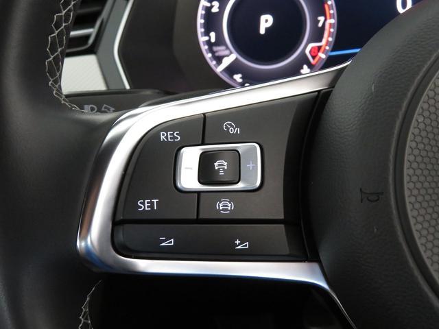 ハンドル左側はアダプティブクルーズコントロールスイッチです。前車が測度を落とすとアルテオンもブレーキを掛けて前車を追従します。