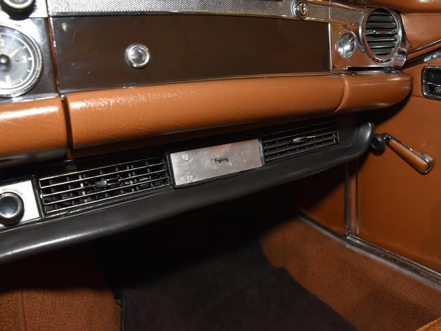 「メルセデスベンツ」「SLクラス」「オープンカー」「神奈川県」の中古車39
