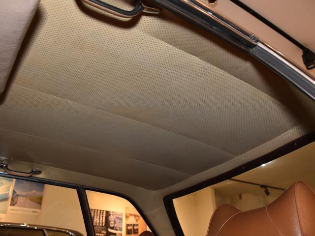 「メルセデスベンツ」「SLクラス」「オープンカー」「神奈川県」の中古車45