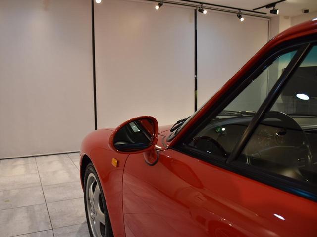 911カレラ 実走行3.2万キロ 整備記録簿11枚 ディーラー車 ミツワものステッカーあり サンルーフ ガーズレッド ブラックレザー ティプトロニック フルオリジナル 修復歴無し 取説 記録簿 スペアキー 業販可能(21枚目)