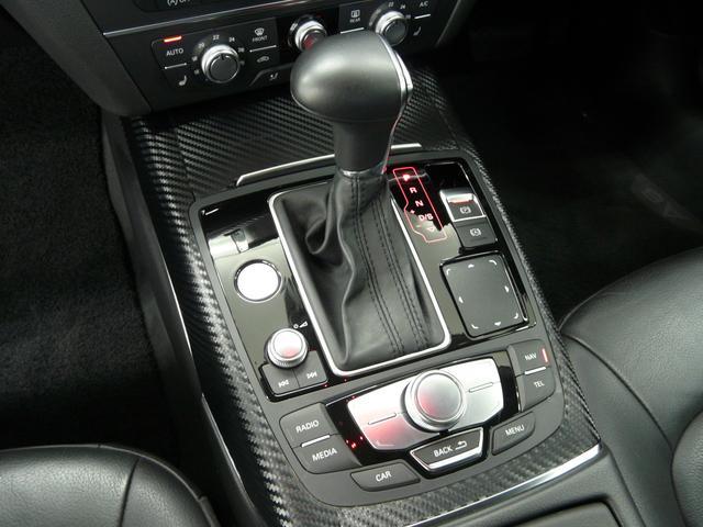 2.8FSIクワトロ 黒革LEDライト 社外20AW 禁煙車(15枚目)