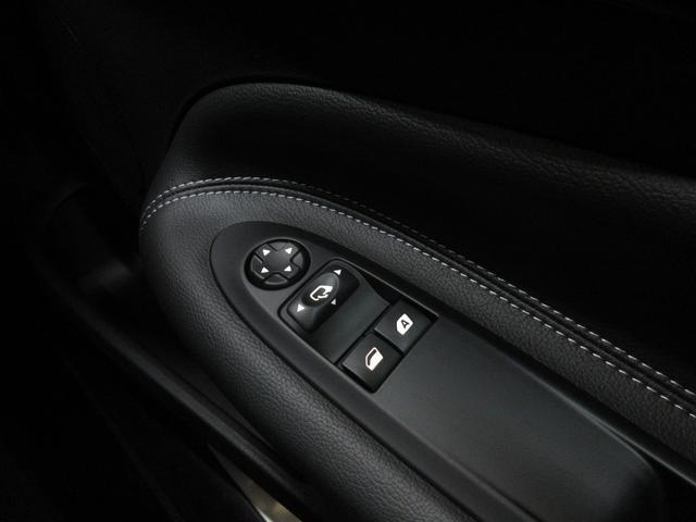 ダークサイド限定車キセノン新車保証Bソナー(15枚目)