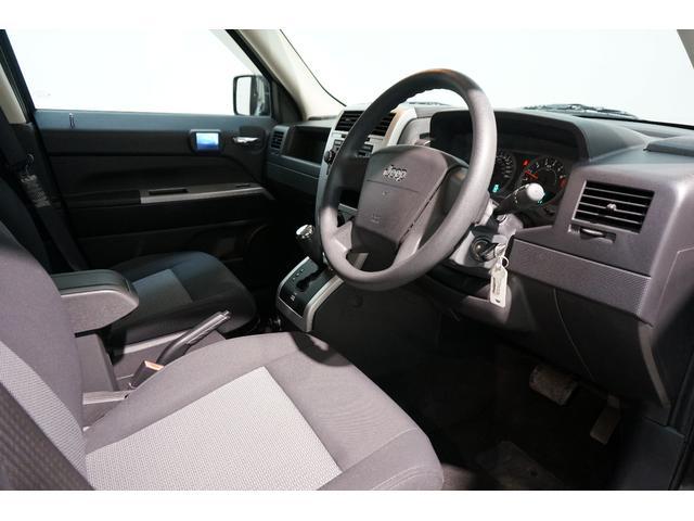 スポーツ 4WD 正規ディーラー車 ETC 純正17AW(14枚目)
