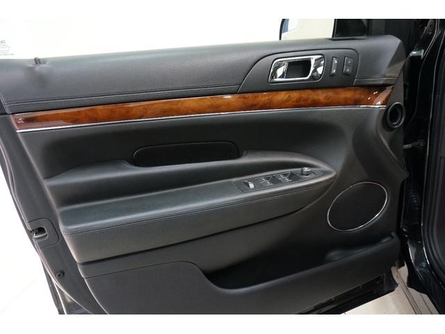 「リンカーン」「リンカーン MKT」「SUV・クロカン」「東京都」の中古車30