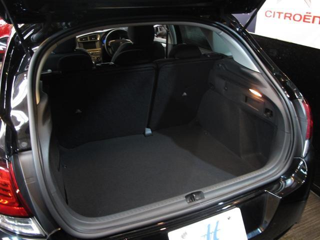 シャイン ブルーHDi ワンオーナー ディーゼル1.6Lターボ 禁煙車 MC後モデル クリアランスソナー タッチパネル クルコン Bスポットモニター スマートキー 盗難防止装置(20枚目)