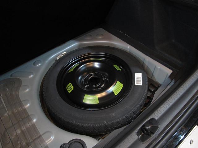 シャイン ブルーHDi ワンオーナー ディーゼル1.6Lターボ 禁煙車 MC後モデル クリアランスソナー タッチパネル クルコン Bスポットモニター スマートキー 盗難防止装置(43枚目)