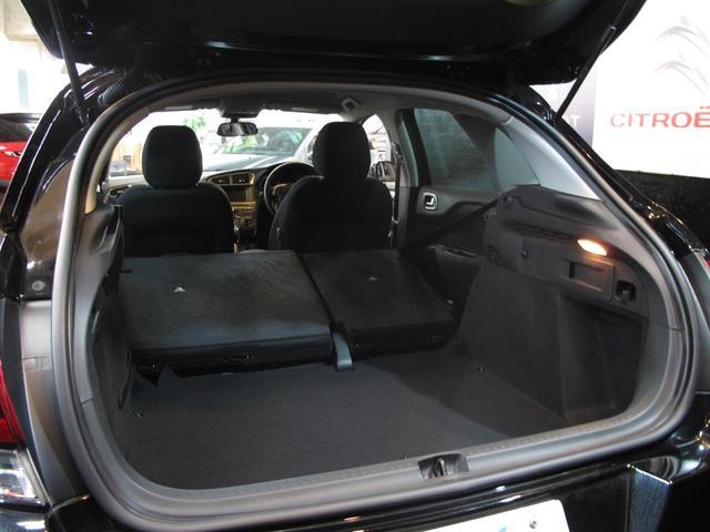 シャイン ブルーHDi ワンオーナー ディーゼル1.6Lターボ 禁煙車 MC後モデル クリアランスソナー タッチパネル クルコン Bスポットモニター スマートキー 盗難防止装置(44枚目)