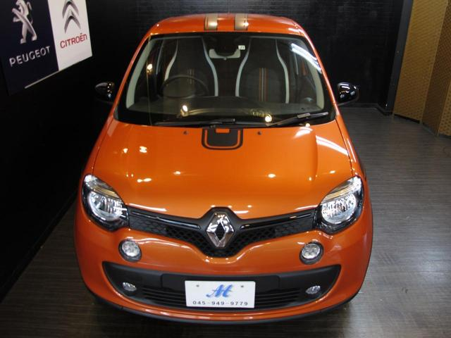 GT 5MT 禁煙車 LEDポジションランプ スマホクレードル Bluetooth Pivotタコメーター USB AUX アイドリングストップ クルコン リアスポイラー キーレス 盗難防止装置(11枚目)