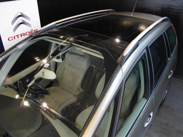 1.6Tエクスクルーシブ 正規ディーラー車 3列シート7人乗り 後期フェイス 後期EGS スーパーパノラミックフロントウインドウ パノラミックガラスルーフ HIDライト LEDポジションランプ(73枚目)