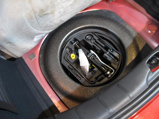 セダクション レザー ワンオーナー 後期モデル LEDポジションライト 禁煙車 ブラックレザーシート ゼニスフロントウインドウ Bluetooth AUX USB MTモード付5AT パドルシフト 純正16インチAW(40枚目)