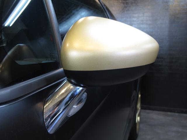 レーシングマットゴールド 国内20台限定車 ワンオーナー 1.6Lターボ 6速MT 207馬力 専用シート 専用ボディデカール 専用インテリアパネル レッドキャリパー カーボンパネル HiFiオーディオ 専用18インチAW(14枚目)