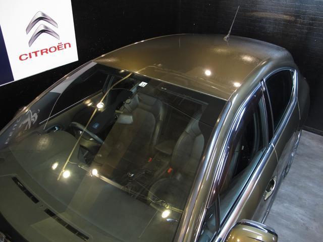 スポーツシック 6速MT ターボエンジン ディレクショナルヘッドライト 黒レザーシート  シートヒーター ブラインドスポットモニター 前後ソナー クルーズコントロール ワンセグTV ETC キーレス USB  HID(17枚目)