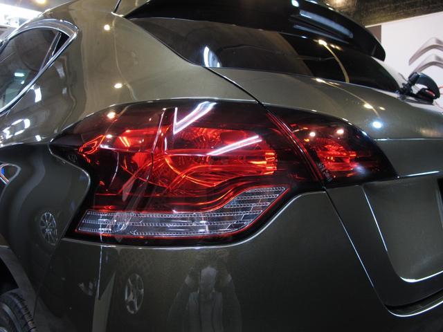 スポーツシック 6速MT ターボエンジン ディレクショナルヘッドライト 黒レザーシート  シートヒーター ブラインドスポットモニター 前後ソナー クルーズコントロール ワンセグTV ETC キーレス USB  HID(20枚目)