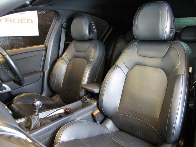 スポーツシック 6速MT ターボエンジン ディレクショナルヘッドライト 黒レザーシート  シートヒーター ブラインドスポットモニター 前後ソナー クルーズコントロール ワンセグTV ETC キーレス USB  HID(33枚目)